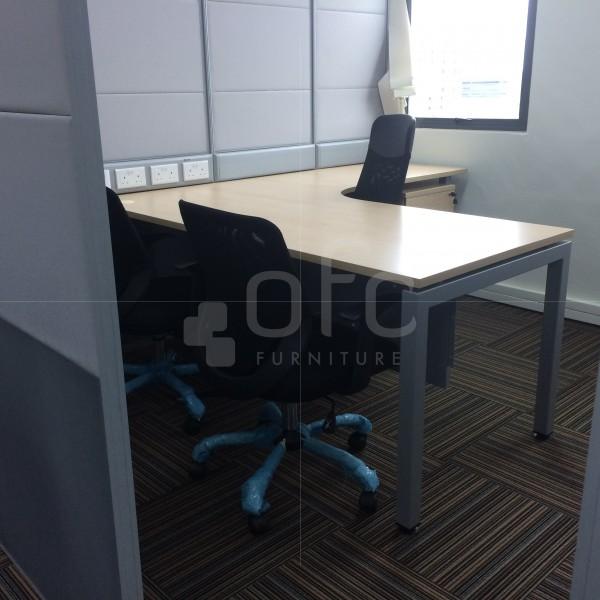 ffice workstation furniture in Singapore