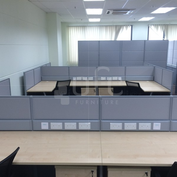 wide-area office work station for sale in Singapore